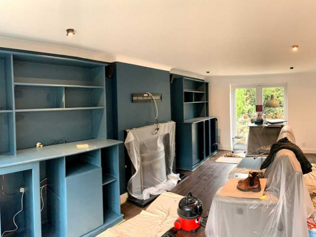 http://www.everettpainting.biz/wp-content/uploads/2020/06/livingroom_prep-640x480.jpg